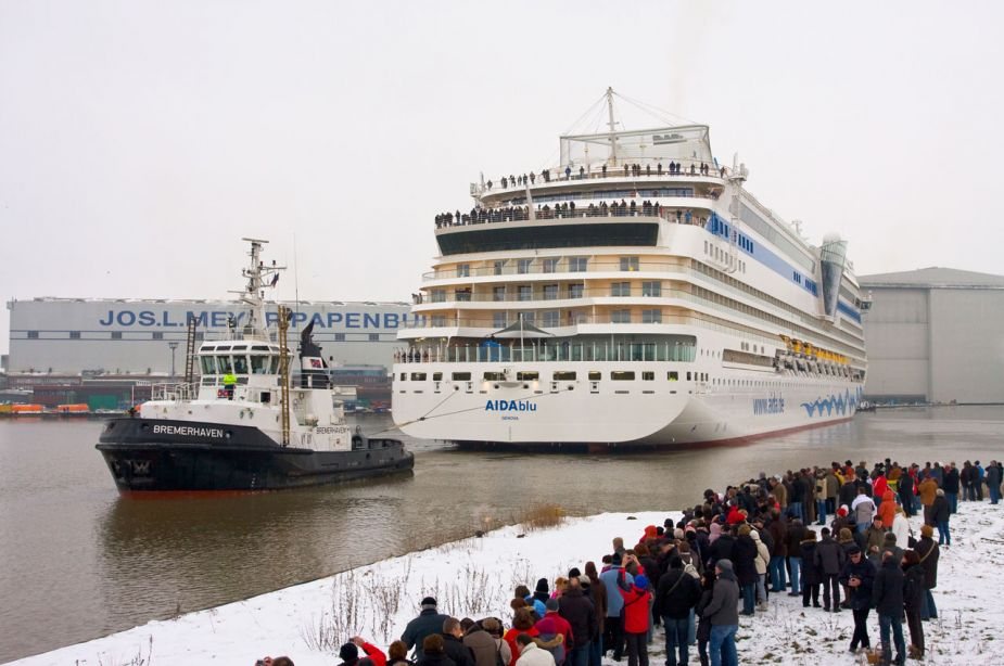 papenburg-meyer-werft-2010-aida-blue-079