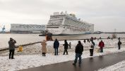 papenburg-meyer-werft-2013-norwegian-breakaway-004